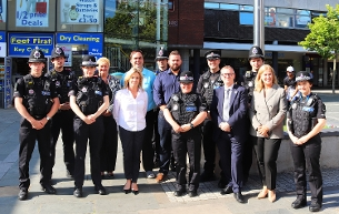Cllr Callaghan, Cllr Smith, senior officers from Basildon Council and town centre policing team