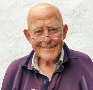 Decorative photo image showing Basildon Hero - Geoff Williams