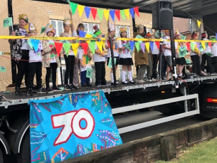 Image showing children from Ryedene Primary and Greensted Junior Schools taking part in Basildon and Pitsea Carnival 2019