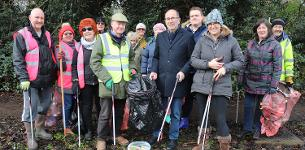 In the news: Wickford Wombles receive new litter pickers from council clean-up fund